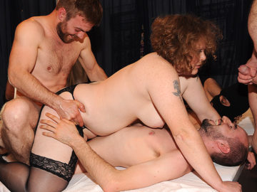 German Mature Nympho Fucking And Sucking In A Gang Bang